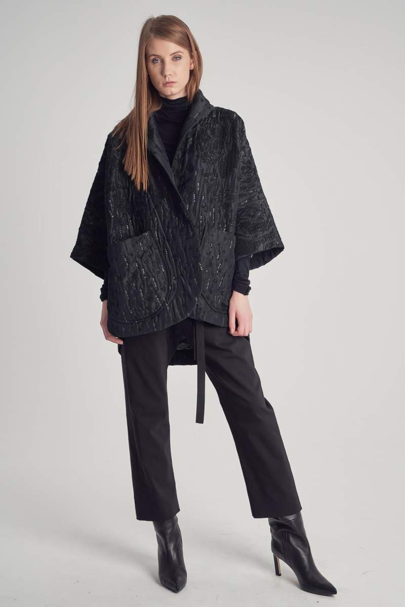 Jachetă Yana