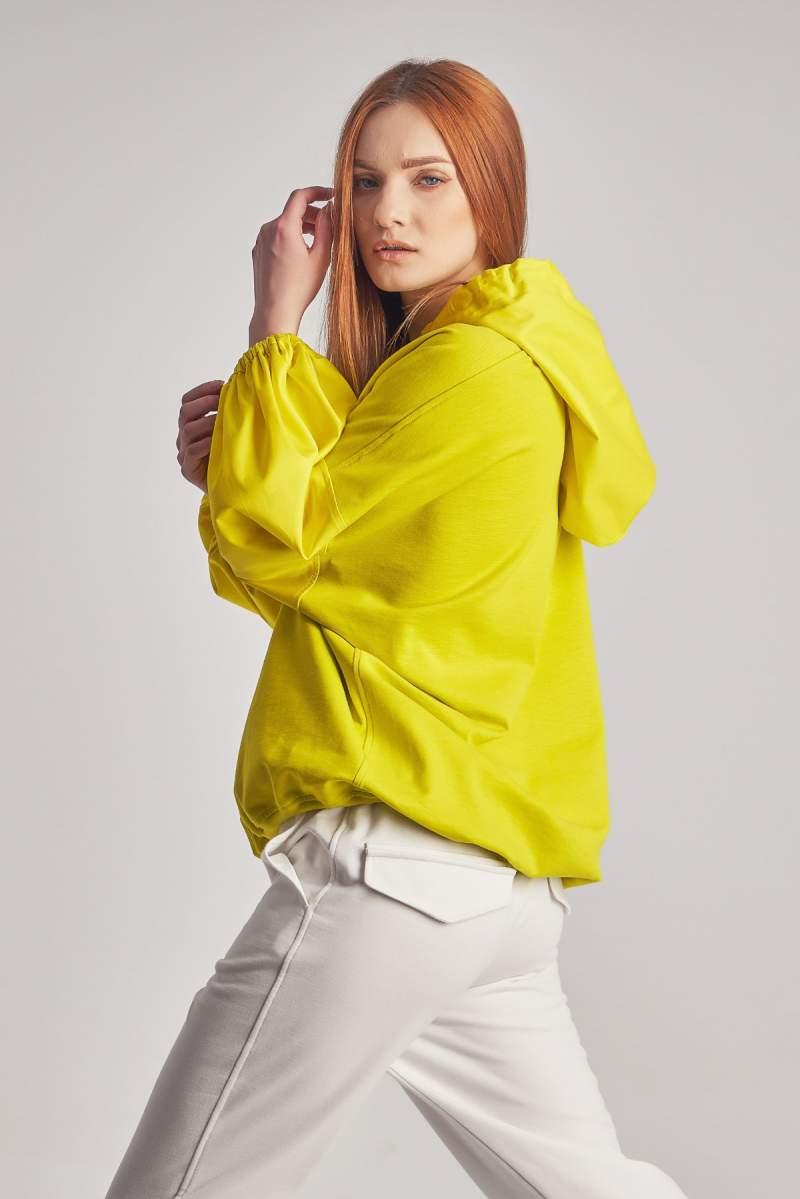 Top Yellow Monica