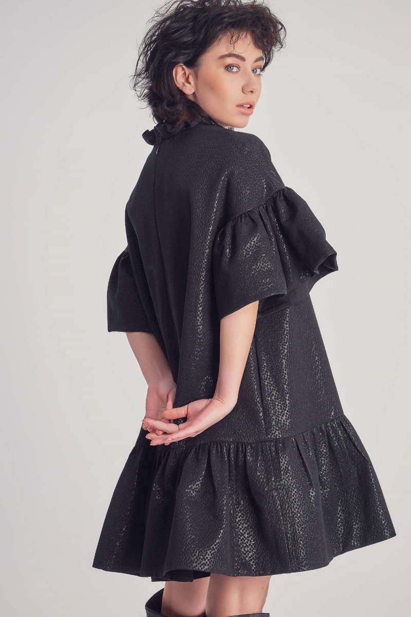 Rochie Neagră Serpente