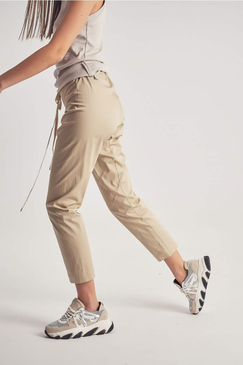 Pantaloni MustHave